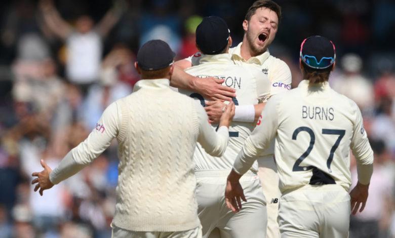 लीड्स टेस्ट में इंग्लैंड